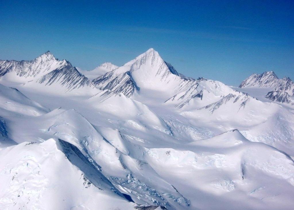Vision-Massif-Antartica-7-summits